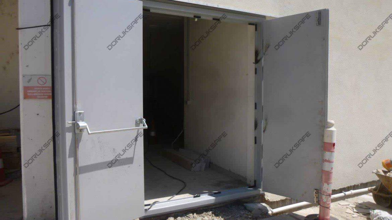 BlastProof Doors